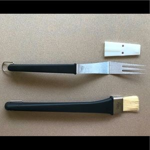 The Pampered Chef Grilling Long-Handle Tools